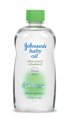 Johnson's baby oil Aloe