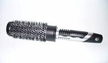 Perfect hair styling brush 282113